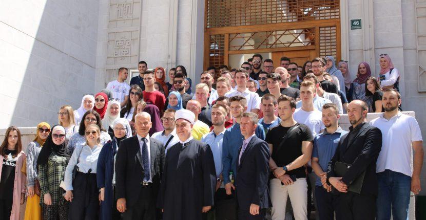Reisu-l-ulema sa mladima: Egoizam i individualizam moraju biti zamijenjeni empatijom bratstva