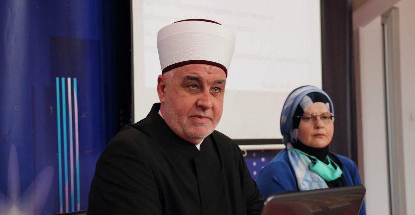 Reisu-l-ulema na seminaru o predbračnom i bračnom savjetovanju: Porodica je bit vjere
